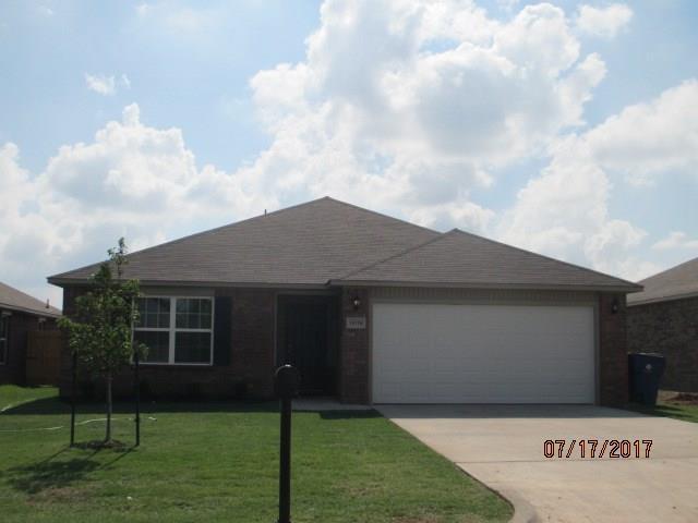 10216 Hidden Village Drive, Oklahoma City, OK 73120 (MLS #810429) :: Wyatt Poindexter Group