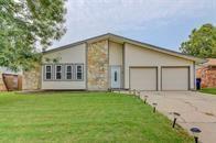 10113 Southridge, Oklahoma City, OK 73159 (MLS #811942) :: Meraki Real Estate