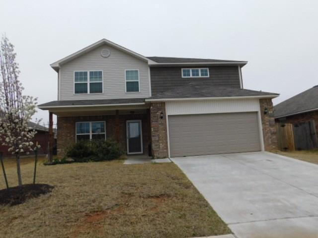2901 Sun Berry Way, Yukon, OK 73099 (MLS #812688) :: Wyatt Poindexter Group
