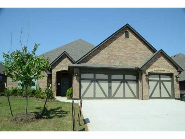 3317 Lakeshire Ridge Way, Edmond, OK 73034 (MLS #814990) :: Homestead & Co