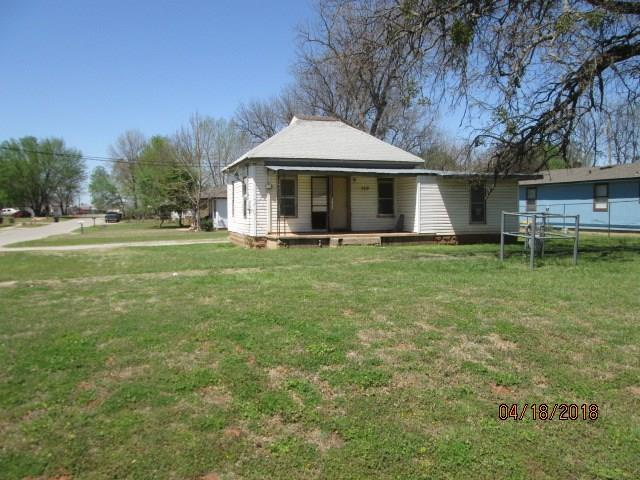 729 S 2nd, Purcell, OK 73080 (MLS #815767) :: Meraki Real Estate