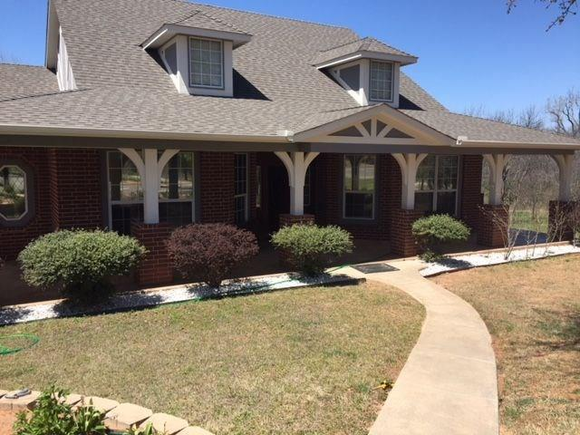 5201 S Luther, Newalla, OK 74857 (MLS #816133) :: Homestead & Co