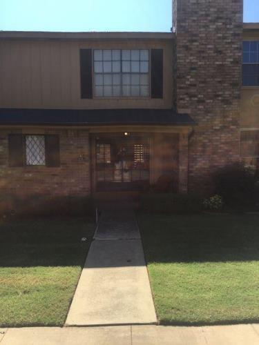 848 Two Forty Place #848, Oklahoma City, OK 73139 (MLS #816814) :: Erhardt Group at Keller Williams Mulinix OKC