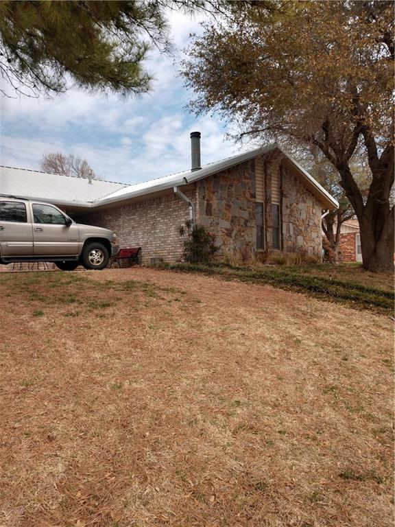 505 E Scott, Carnegie, OK 73015 (MLS #816867) :: KING Real Estate Group