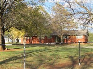 4901 E Tecumseh Road, Norman, OK 73026 (MLS #821141) :: KING Real Estate Group