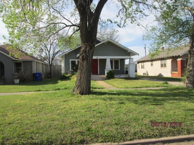 321 E Apache, Norman, OK 73069 (MLS #821162) :: KING Real Estate Group