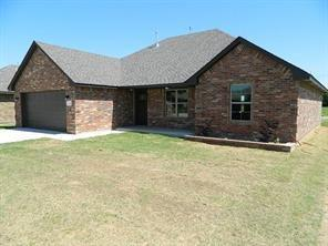2500 Thornberry Lane, Yukon, OK 73099 (MLS #821498) :: Wyatt Poindexter Group
