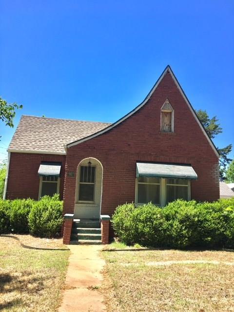 907 N 8th Street, Perry, OK 73077 (MLS #821927) :: Wyatt Poindexter Group