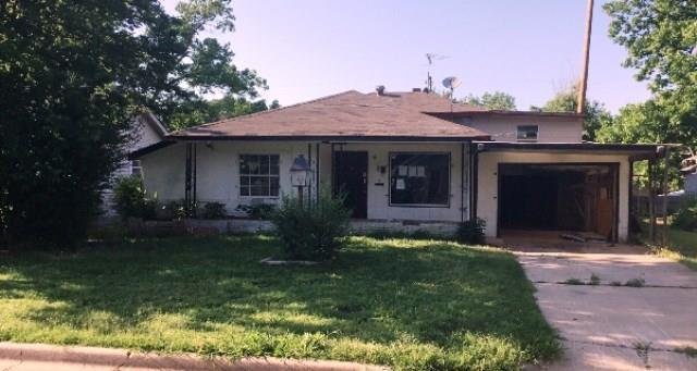 1417 33rd, Oklahoma City, OK 73119 (MLS #822132) :: Erhardt Group at Keller Williams Mulinix OKC