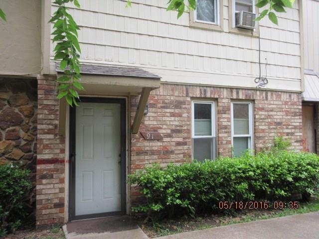 912 Greenvale Road, Oklahoma City, OK 73127 (MLS #822751) :: Erhardt Group at Keller Williams Mulinix OKC