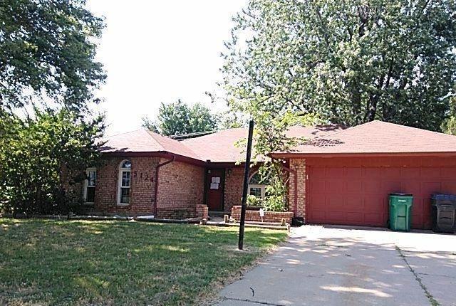 5124 51st Street, Oklahoma City, OK 73135 (MLS #822788) :: Erhardt Group at Keller Williams Mulinix OKC