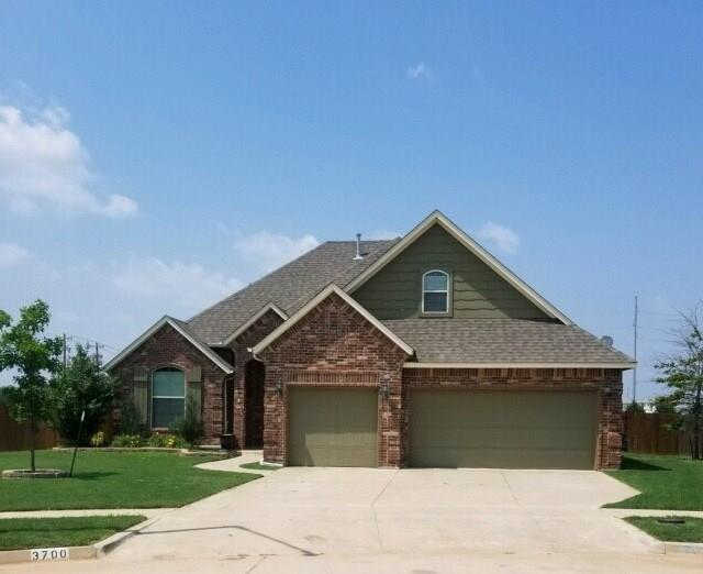 3700 Presidio Circle, Norman, OK 73072 (MLS #823213) :: Wyatt Poindexter Group