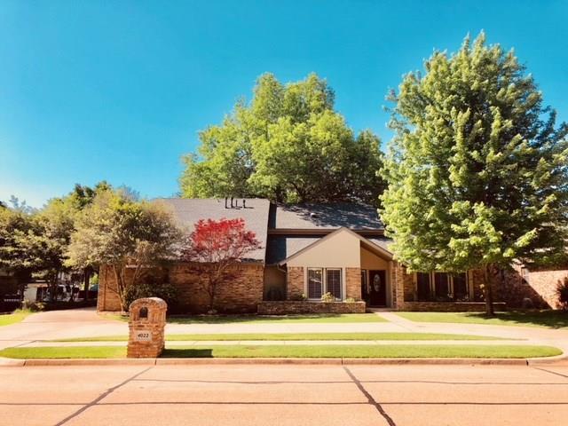 4022 Hidden Hill Road, Norman, OK 73072 (MLS #824135) :: Wyatt Poindexter Group