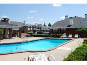 3003 River Oaks Drive #246, Norman, OK 73072 (MLS #824273) :: KING Real Estate Group