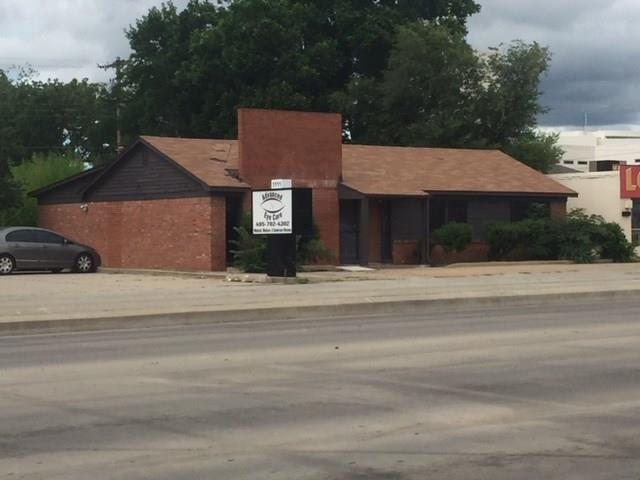 1107 Sw 44th, Oklahoma City, OK 73109 (MLS #825277) :: Wyatt Poindexter Group
