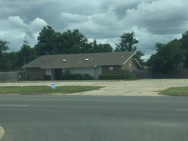 1140 44th, Oklahoma City, OK 73109 (MLS #825346) :: Erhardt Group at Keller Williams Mulinix OKC