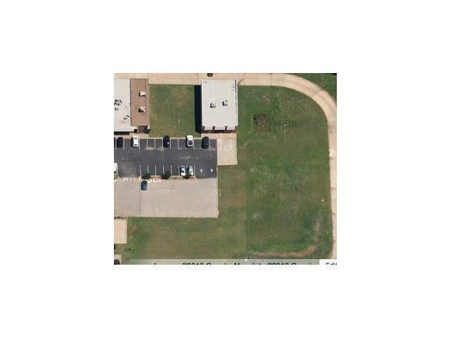 1212 Air Depot Blvd, Midwest City, OK 73110 (MLS #829309) :: Homestead & Co