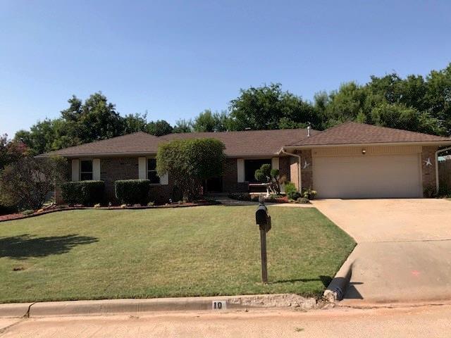 10 Barnes, Shawnee, OK 74804 (MLS #829333) :: Homestead & Co