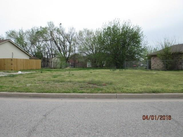 608 N Massachusetts Avenue, Oklahoma City, OK 73117 (MLS #830645) :: Wyatt Poindexter Group