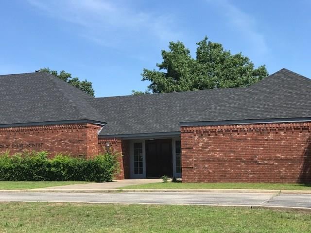 22 Dunloup Road, Shawnee, OK 74804 (MLS #832439) :: Barry Hurley Real Estate