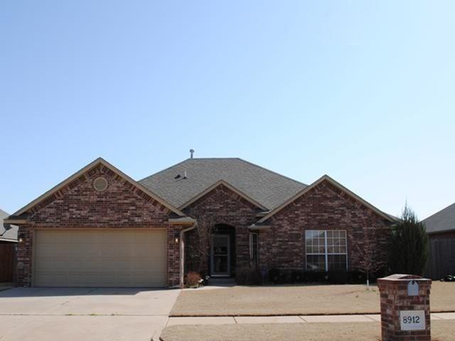 8912 NW 113th Street, Oklahoma City, OK 73162 (MLS #833279) :: Wyatt Poindexter Group