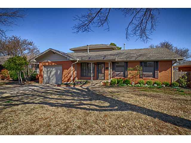2813 NW 67th Street, Oklahoma City, OK 73116 (MLS #833336) :: UB Home Team