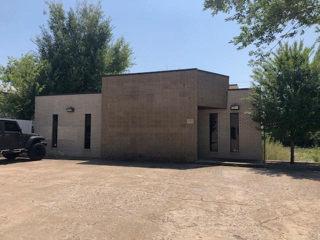 928 NW 69th Street, Oklahoma City, OK 73116 (MLS #833514) :: Barry Hurley Real Estate