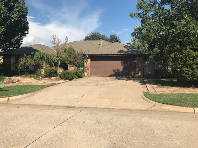 7004 N Lake Front Drive, Warr Acres, OK 73132 (MLS #836578) :: KING Real Estate Group