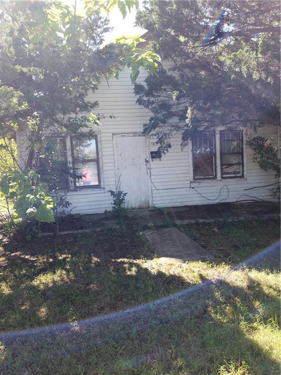 210 W Maple, Tecumseh, OK 74873 (MLS #838878) :: KING Real Estate Group