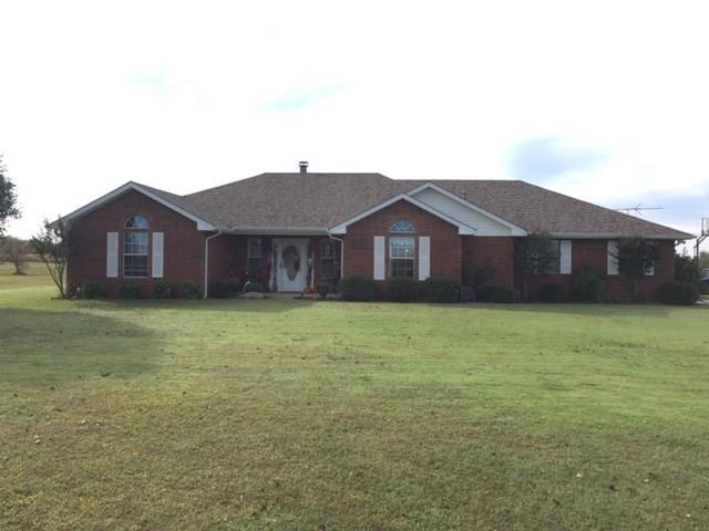 41805 Hazel Dell, Shawnee, OK 74804 (MLS #840329) :: Homestead & Co