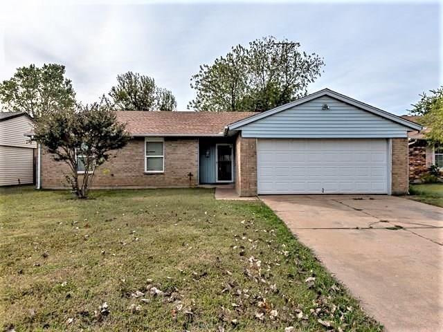 309 N English, Moore, OK 73160 (MLS #840447) :: Barry Hurley Real Estate