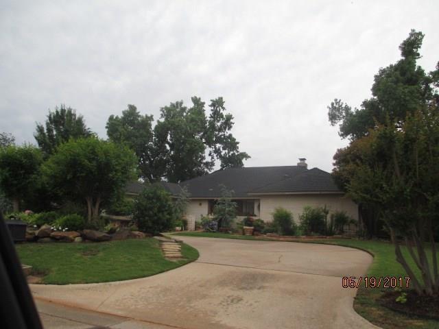 4314 Saint George Drive, Oklahoma City, OK 73120 (MLS #841569) :: KING Real Estate Group