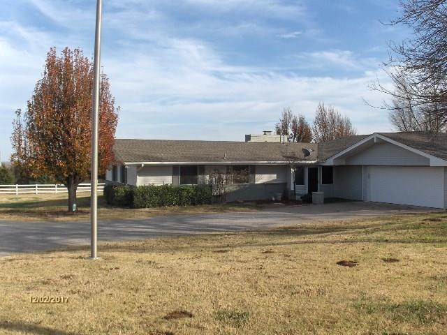 15112 N Richland Road, Piedmont, OK 73078 (MLS #843550) :: Homestead & Co