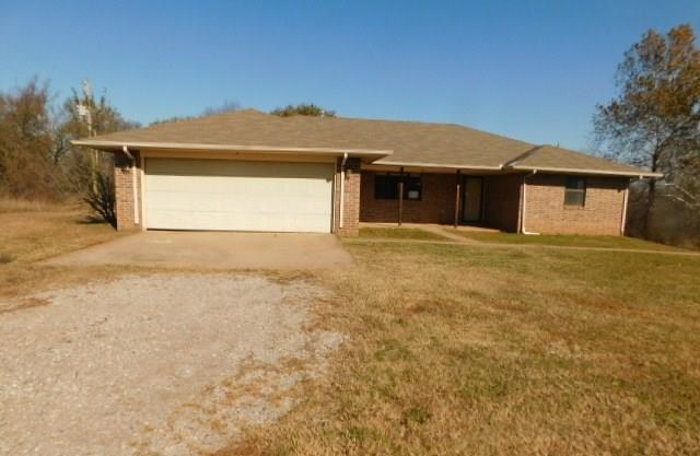 20605 State Highway 39, Purcell, OK 73080 (MLS #843635) :: Homestead & Co