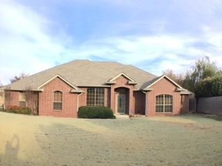 10314 Lakeside Drive, Oklahoma City, OK 73120 (MLS #843637) :: Homestead & Co