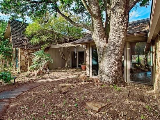 6225 Olde Harwick Circle, Oklahoma City, OK 73162 (MLS #848426) :: Homestead & Co