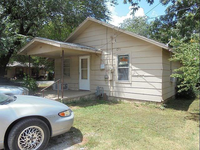 714 1st, Maysville, OK 73057 (MLS #848639) :: Homestead & Co