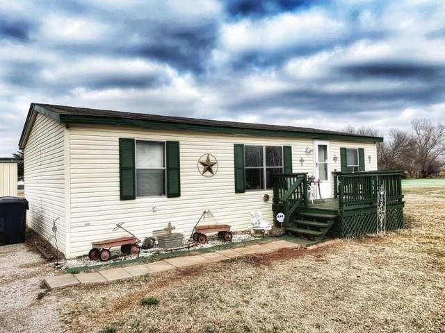 12329 SW 26th Street, Yukon, OK 73099 (MLS #848863) :: KING Real Estate Group