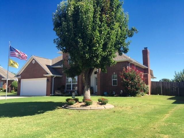 1308 SW 121st Street, Oklahoma City, OK 73170 (MLS #849025) :: Erhardt Group at Keller Williams Mulinix OKC