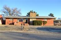 820 W Washington Avenue, Mountain View, OK 73062 (MLS #852902) :: Homestead & Co