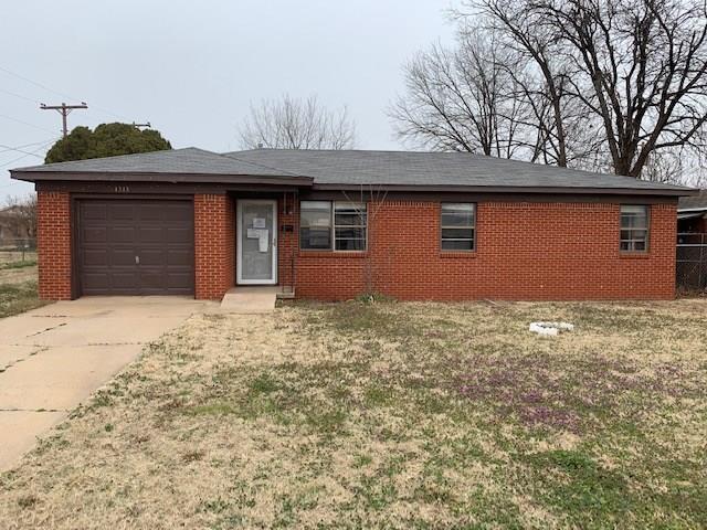 1313 E F Street, Altus, OK 73521 (MLS #853932) :: KING Real Estate Group
