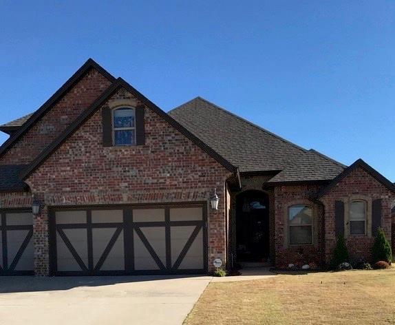 6408 Bent Wood Drive, Oklahoma City, OK 73169 (MLS #856770) :: Homestead & Co