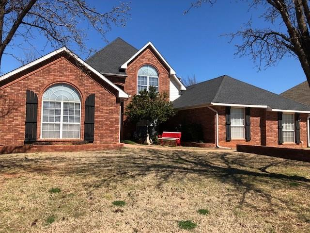9609 SW 33rd Street, Oklahoma City, OK 73179 (MLS #857124) :: Homestead & Co