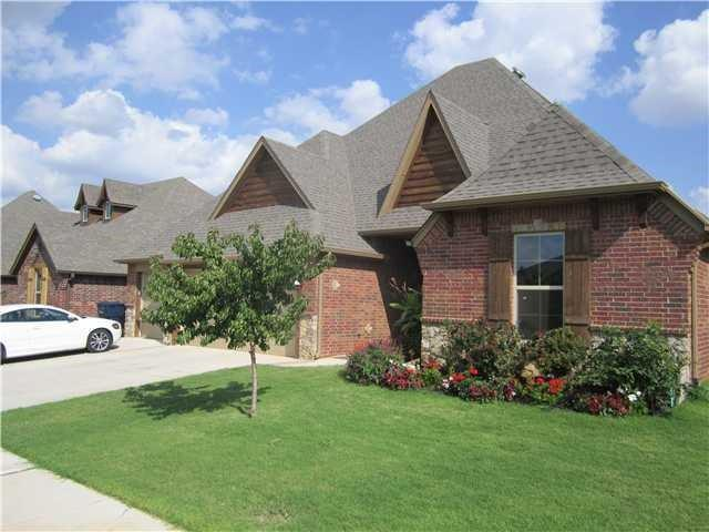 4000 SW Wayfield Avenue, Oklahoma City, OK 73179 (MLS #857308) :: KING Real Estate Group