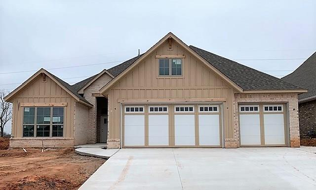 8308 Dax Drive, Edmond, OK 73034 (MLS #863206) :: Homestead & Co