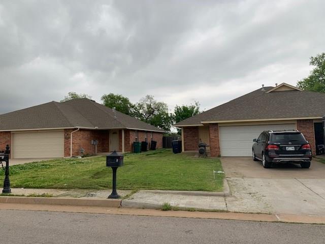 1734 W Palm Circle, Oklahoma City, OK 73128 (MLS #863625) :: Erhardt Group at Keller Williams Mulinix OKC