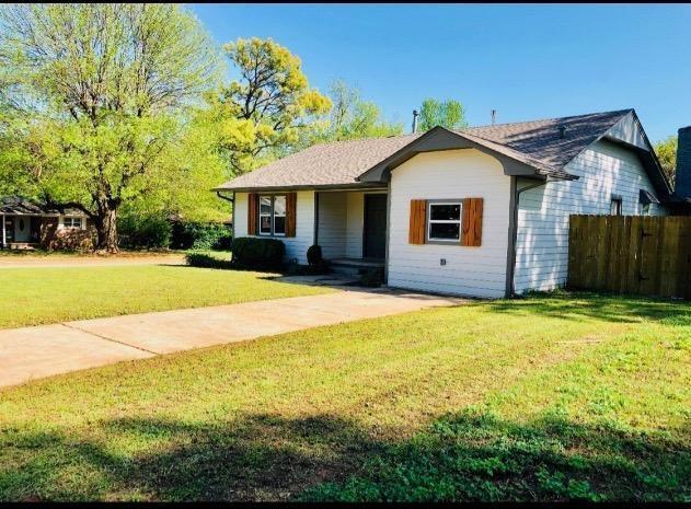 600 W Monroe Street, Purcell, OK 73080 (MLS #864130) :: Denver Kitch Real Estate