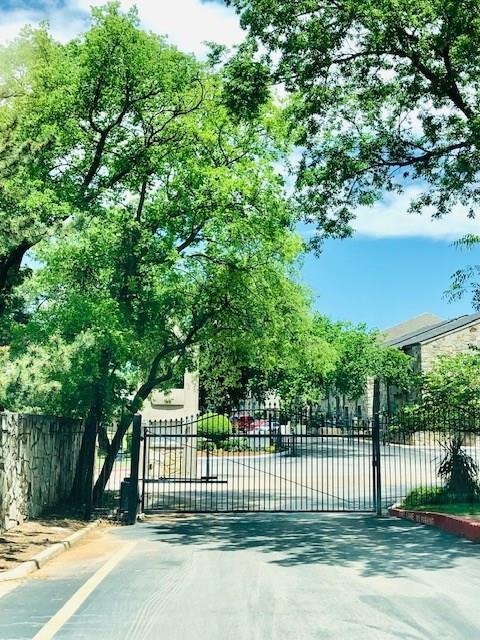 6000 N Pennsylvania Avenue 208A, Oklahoma City, OK 73112 (MLS #866599) :: Homestead & Co