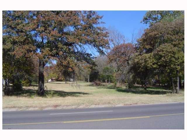9513 NE 23rd Street, Oklahoma City, OK 73141 (MLS #869156) :: KG Realty