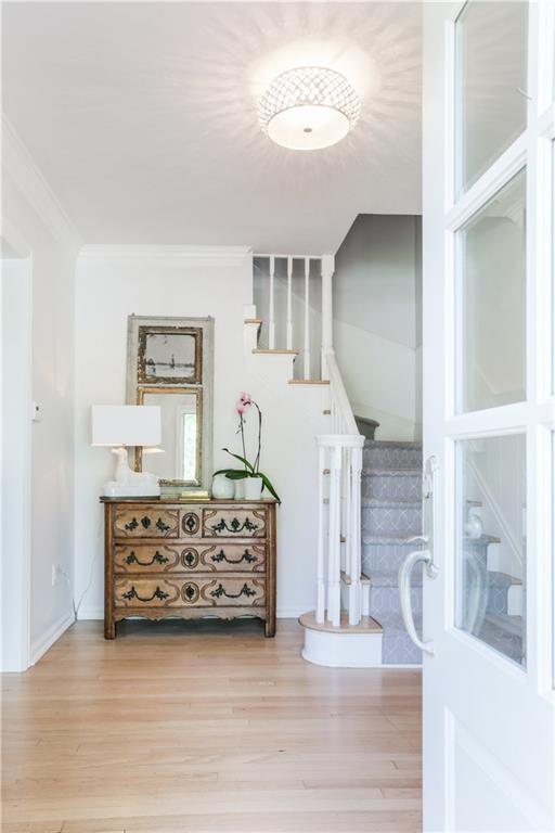 1706 Pennington Way, Nichols Hills, OK 73116 (MLS #871251) :: Homestead & Co